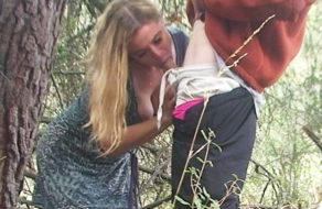 imagen Ninfomana follando con un desconocido que se encuentra en el parque