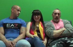 imagen Española feminista follada brutalmente por dos tíos violentos