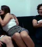 imagen Vende a su novia española para que se la folle otro tío y él se une a penetrarla también
