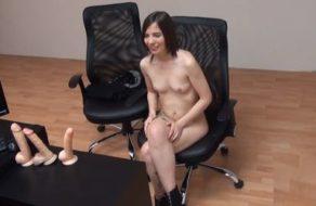 imagen Teen española quiere ser webcammer pero acaba follando como una actriz porno