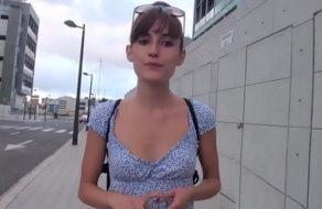 imagen Española con el corazón roto se mete en el porno amateur para desquitarse