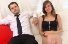 imagen Banquero se va de putas y se encuentra con Ainara (español)
