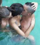 imagen Vacaciones sexo sol y piscinita (porno español)