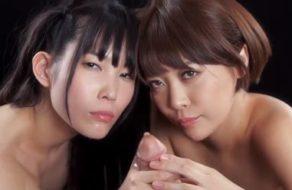imagen Japonesas chupan y juegan con el semen en parejas