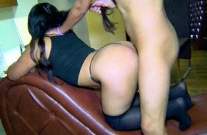 imagen Polvazo casero con una latina de hermosas y juguetonas nalgas