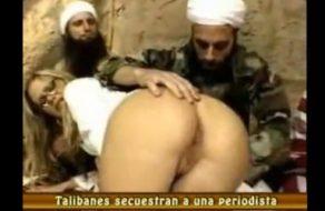 imagen Talibanes secuestran y violan a una periodista occidental