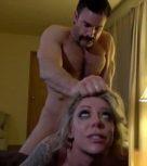 imagen Un desconocido se mete en casa y la viola sometiéndola como una puta barata
